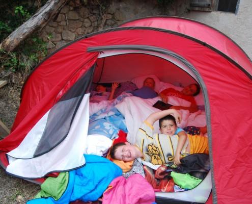 nits d'acampada
